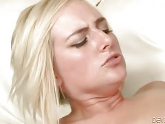 Lovely Blonde Longs To Get Fucked 2